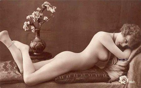 reclining vintage nude